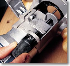 American woodworker tools materials should allow very small changes and be very easy to use especially in a router table when youre working upside down this one is the bosch 1617 greentooth Images